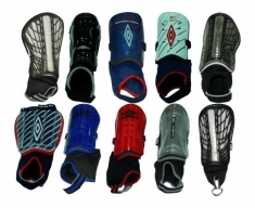 Umbro pack of 30 shin guards (preço unitario of 2.95.)