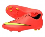 Nike football boot mercurial victory v fg jr