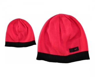 Nike hat wmns fundamentel