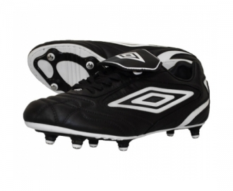 Umbro football boot sting t96r